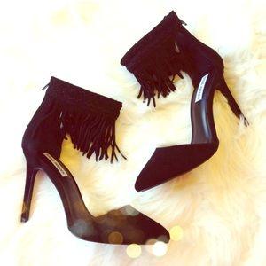 Brand new Steve Madden fringe heels size 9